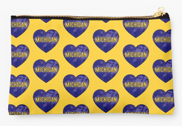 University of Michigan Wolverines Zippered Pouch, Heart Design
