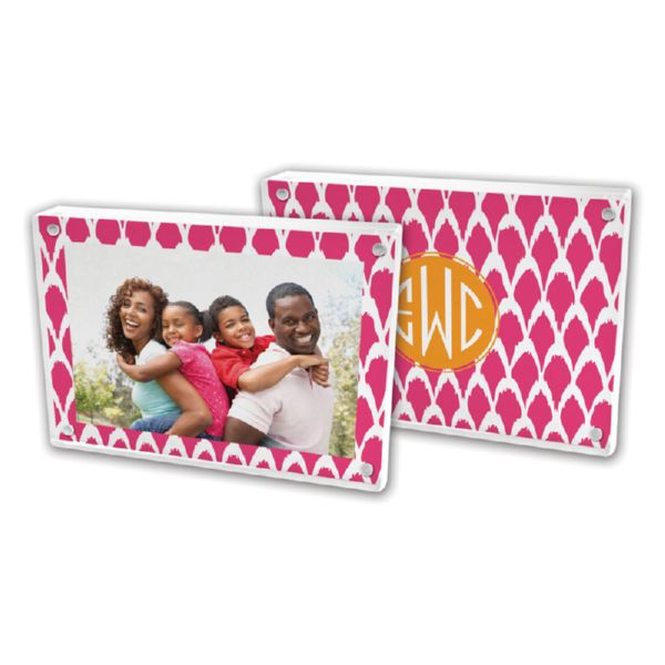Northfork Personalized 5x7 Picture Frame (Lucite)