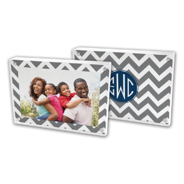 Ollie Personalized 5x7 Picture Frame (Lucite)